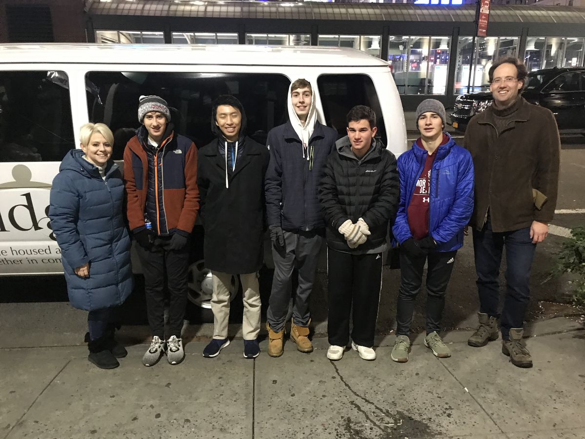 Students Feed the Homeless in NYC